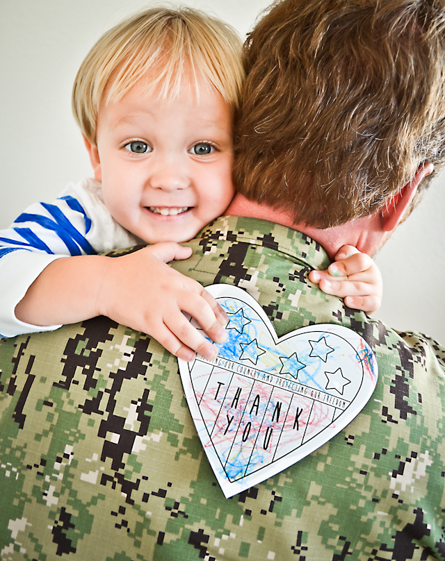 Free Printable Veteran's Day Cards for Kids to Color...