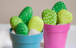 These DIY Cactus Rocks are so Adorable!...