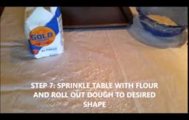 How to Make a Salt Dough Handprint...