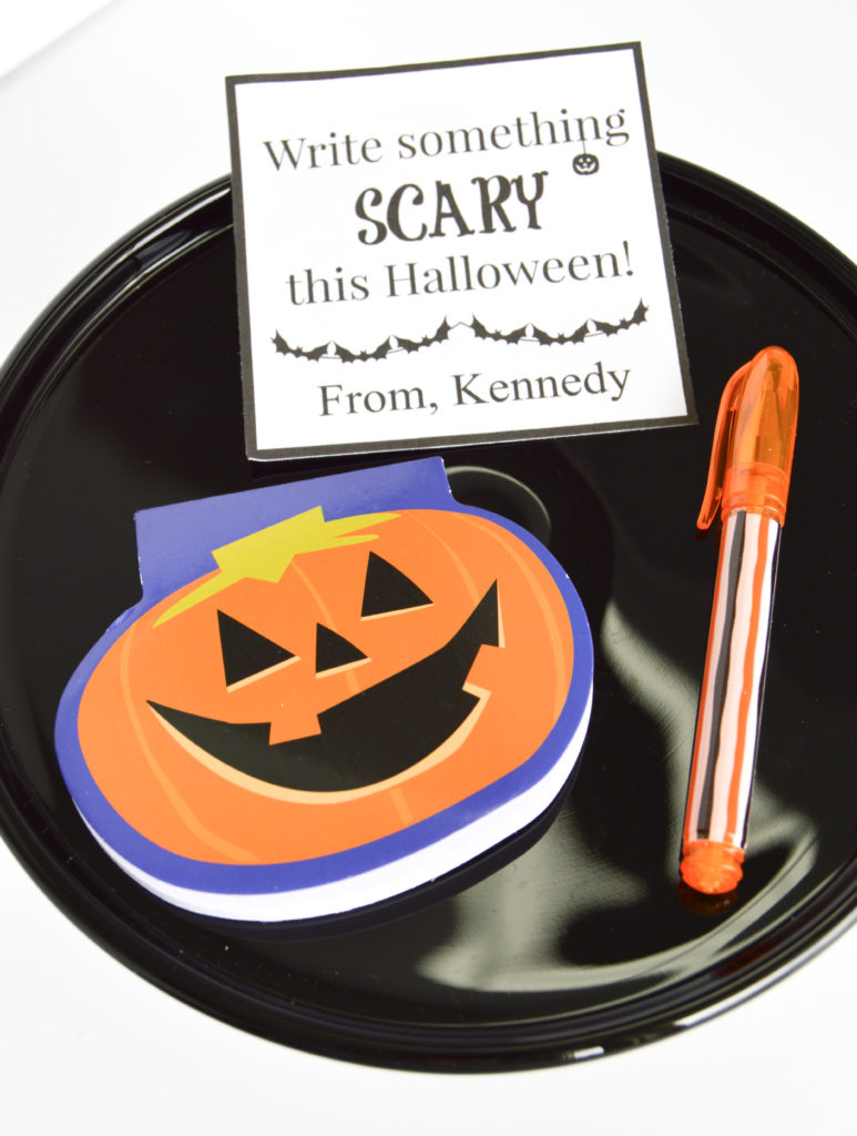 Adorable Candy-Free Halloween Treat Ideas (with free printables!)...