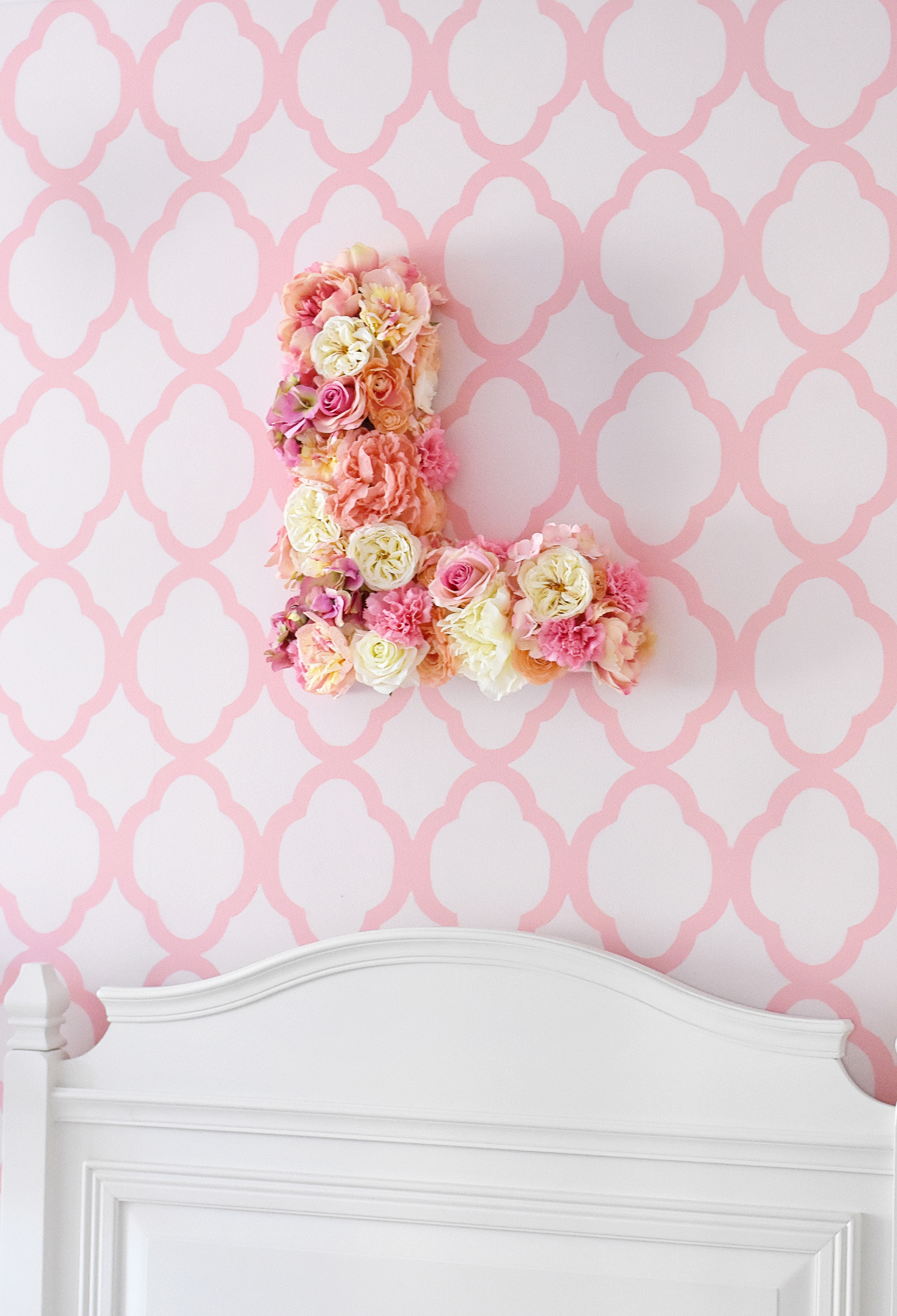 The finished product: A beautiful DIY floral letter wallhanging!