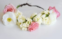 How to Make Gorgeous Floral Crowns with Real Flowers...