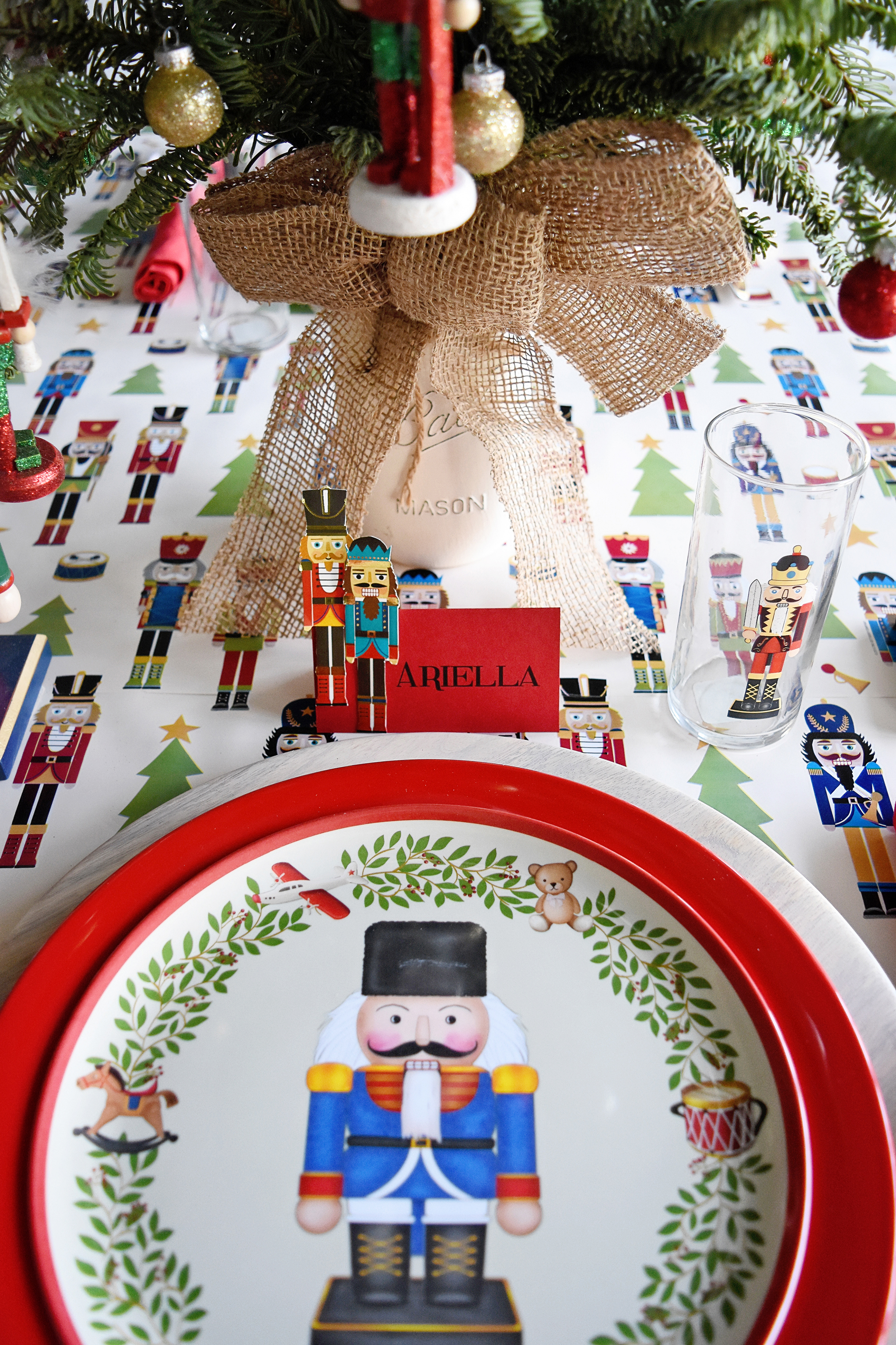 Set the table with some nutcracker plates!
