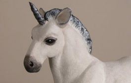Make a Baby Unicorn with Apoxie Sculpt...