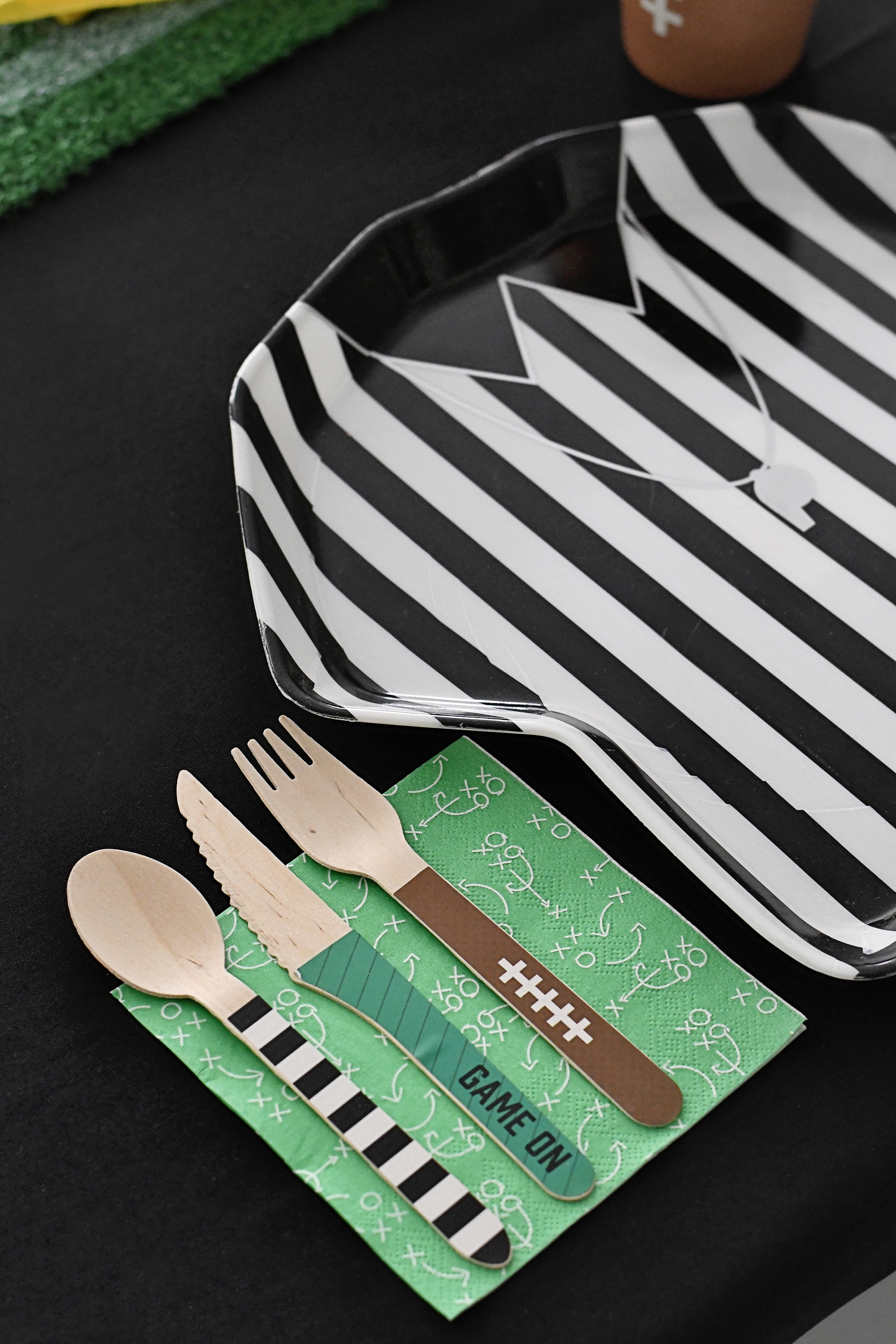 Football-themed place settings