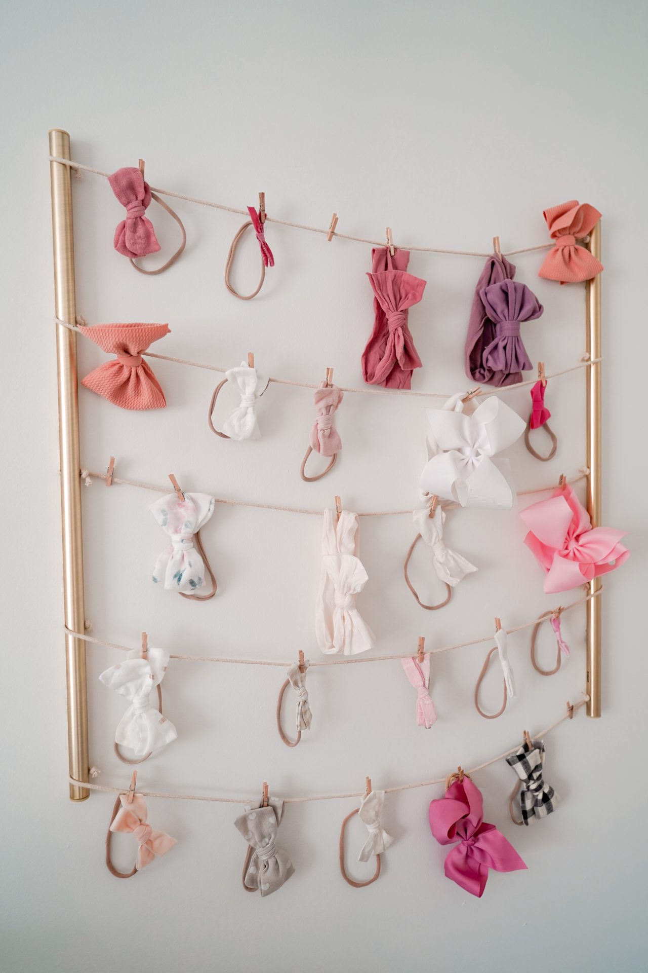 Clever Bow Storage and Organization - Hair Bow Organizer