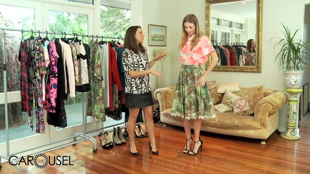 How To Rock Clashing Prints - The Carousel...