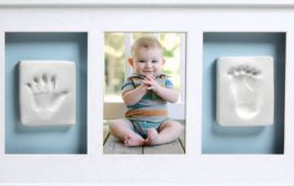 Pearhead Babyprints Deluxe Wall Frame, White...