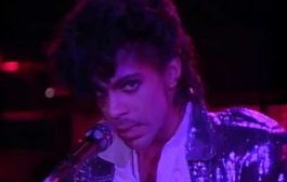 Prince - Little Red Corvette (Official Music Video)...