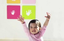 Pearhead : Clean-touch inkpad to take your baby footprint...