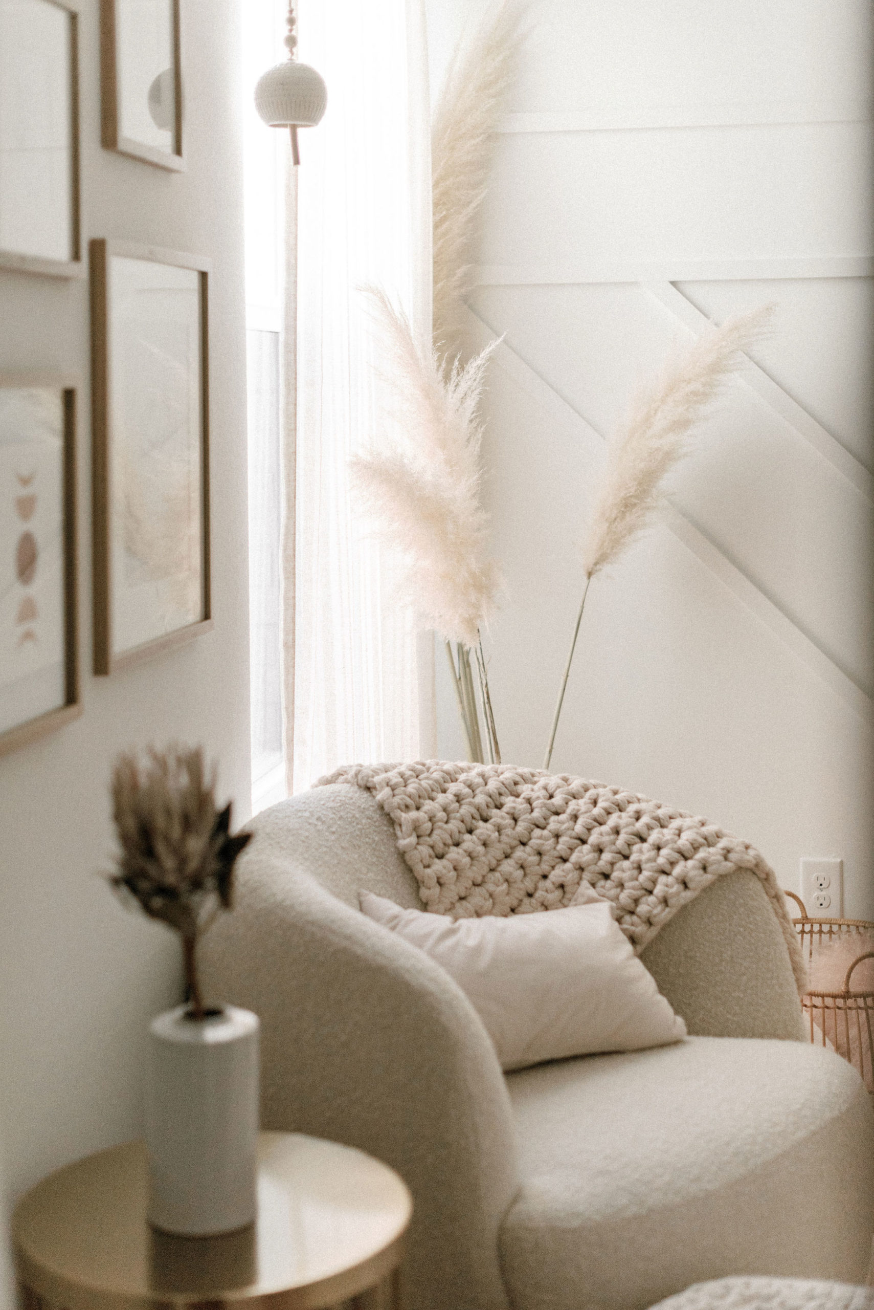 How to Design a Monochromatic Nursery (p.s.  B+W isn't your only ...